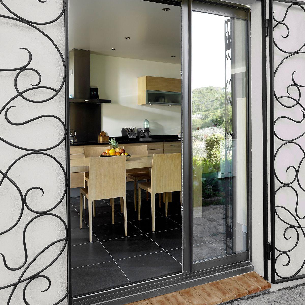fen tres aluminium isolantes et faciles d 39 entretien isoferm. Black Bedroom Furniture Sets. Home Design Ideas
